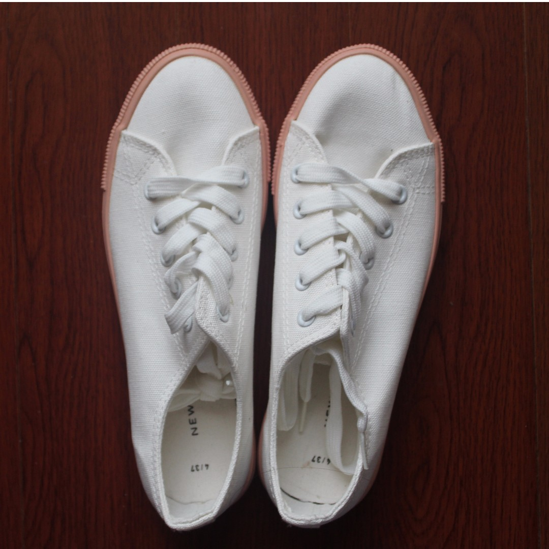 White Shoes || New Look