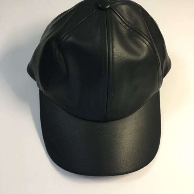 WILFRED Pleather Baseball Cap (OS)