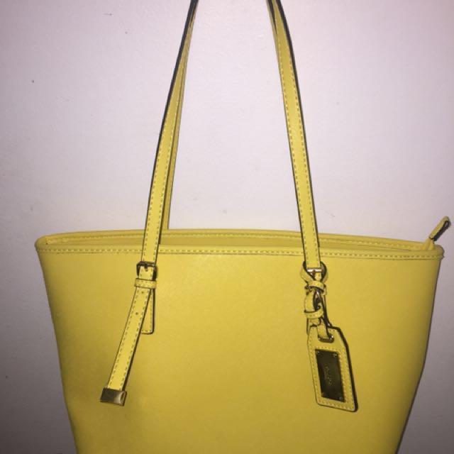 Yellow tote handbag || Aldo