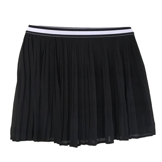 ZALORA - Black Pleated Skater Skirt