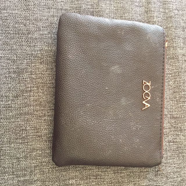 Zoeva makeup bag