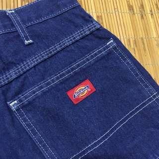 Dickies 深色牛仔短褲