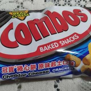 (特價)Combos 冠寶 捲心餅
