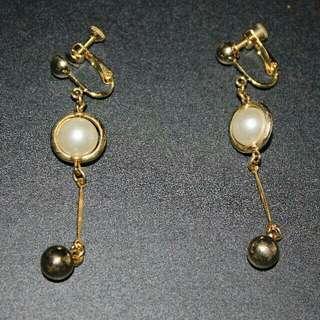 Dainty Pearl Clip-on Earrings