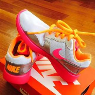 Nike Rosche Kids Shoes