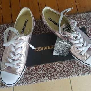 Converse Dainty Rose Quartz Size 8