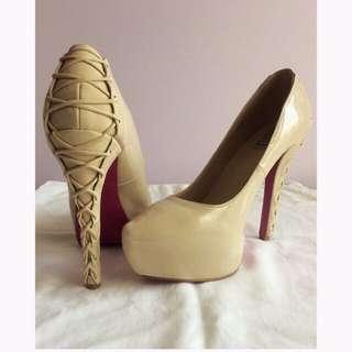 """Shoedazzle """"Graziella"""" (Size 9)"""