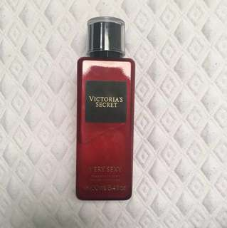 Victoria's Secret spray