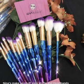 12 pieces make up brushes