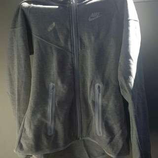 Only worn once nike small grey jacket