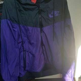 Nike wind breaker purple black