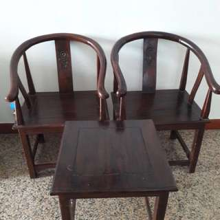2 Coffee Chairs + Table