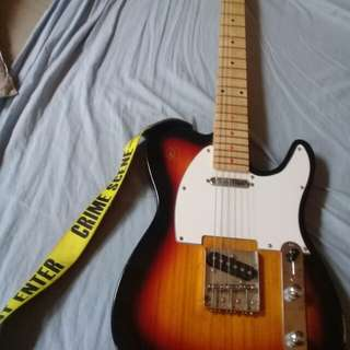 Electric Guitar with free amplifier, Strap Guitar, and cable.(Damage 1)