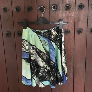 [SALE] Printed Flare Skirt