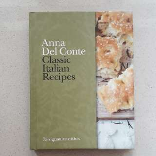 Cook Book Classic Italian Recipes by Anna Del Conte