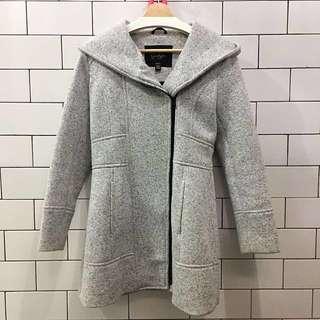 Jessica Simpson's Grey Coat