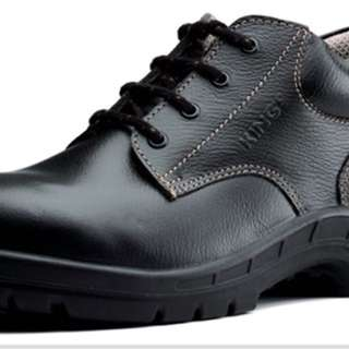 King's men's safety shoes. Brand new