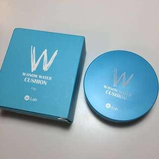 W.lab 人魚爆水氣墊粉餅 藍盒 色號21