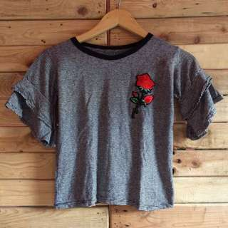 Croptop with patch