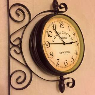Vintage New York design two faced clock