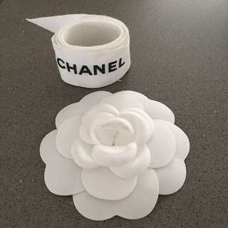 Chanel gift flower & ribbon