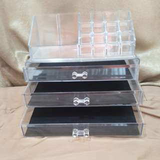 Makeup Organizer with 3 drawers