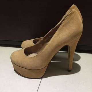 ALDO High Heels 膚色高跟鞋
