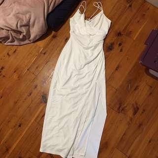 BARDOT WHITE MAXI DRESS