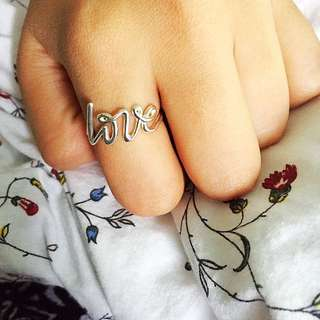 💯Authentic Tiffany&Co Love ring