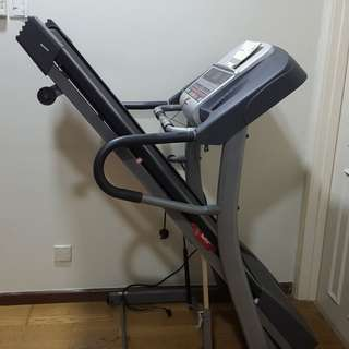 Horizon fitness 832T treadmill