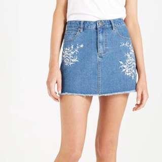 a-line mini skirt ✨