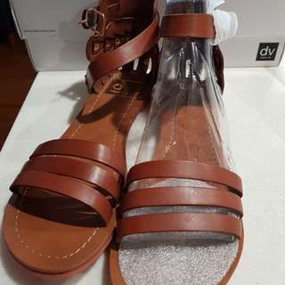 Dolce Vita Daffodil sandals in brown leather