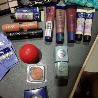 Authentic make up