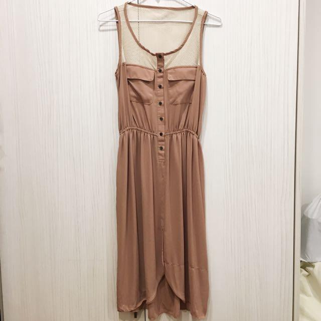 駝色排扣 網狀+雪紡拼接裙
