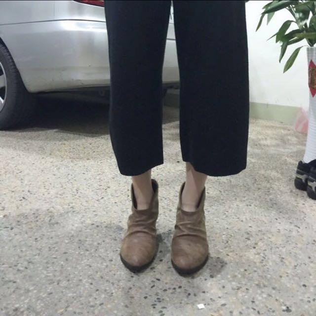 正韓 仿舊抓皺駝色短靴 #手滑買太多