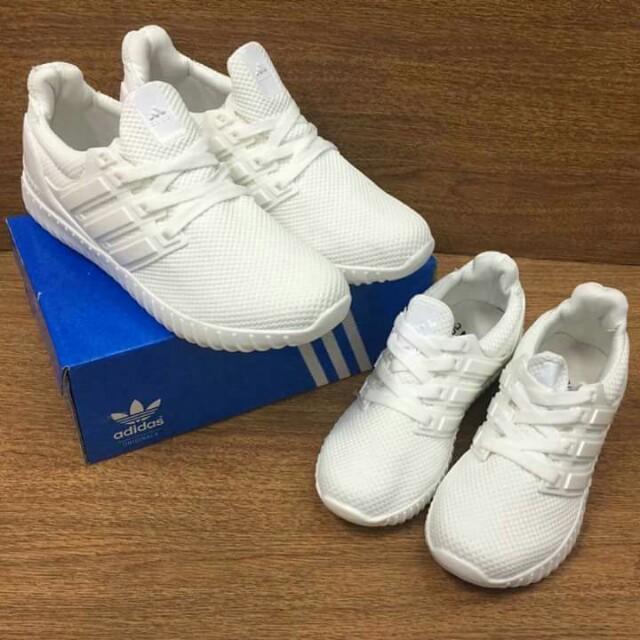 Adidas white couple shoes
