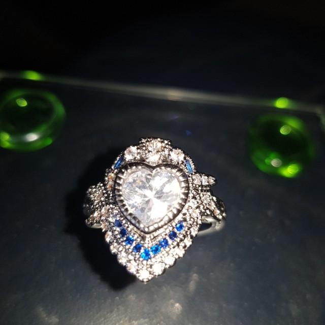 Amazing style ring size 10