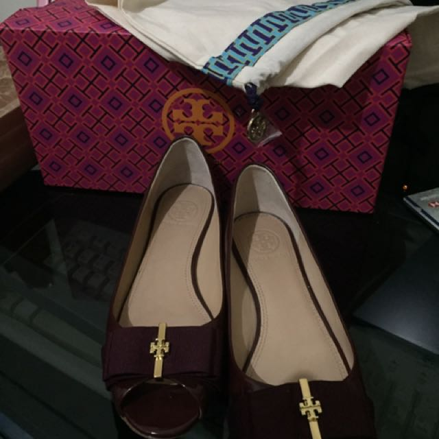 Authenthic Tory burch trudy flat burgundy