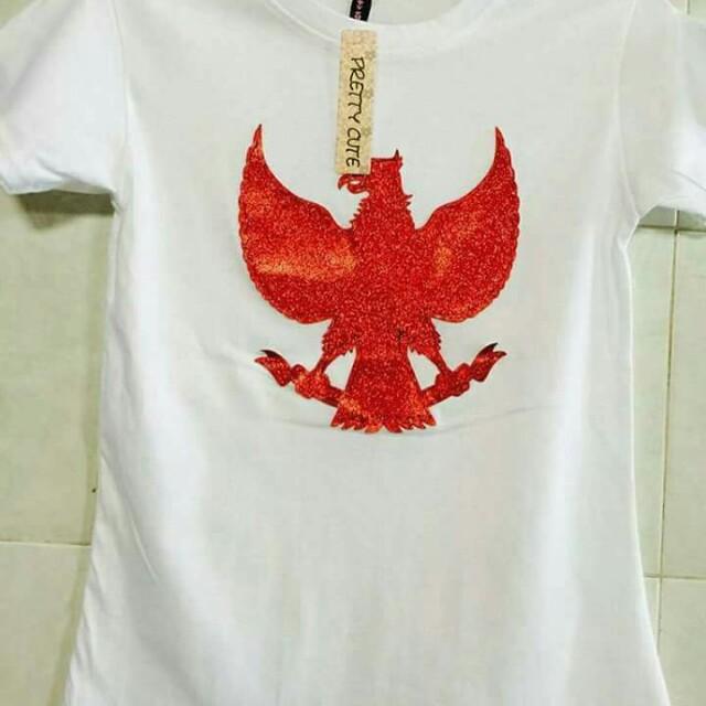 Baju burung garuda