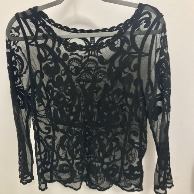 Black Baroque Lace Long Sleeve