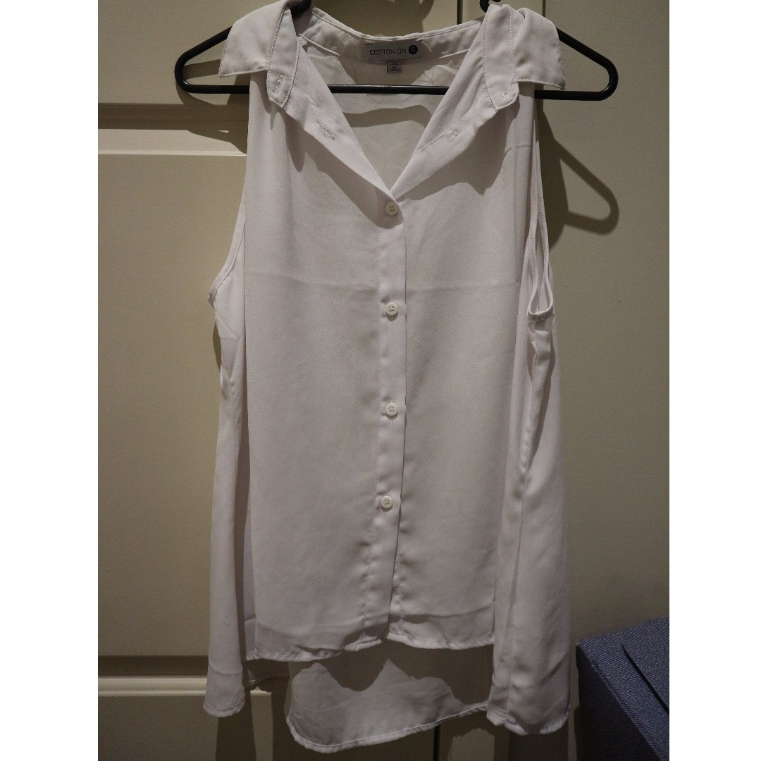 Cotton On - Sleeveless Button Up Top