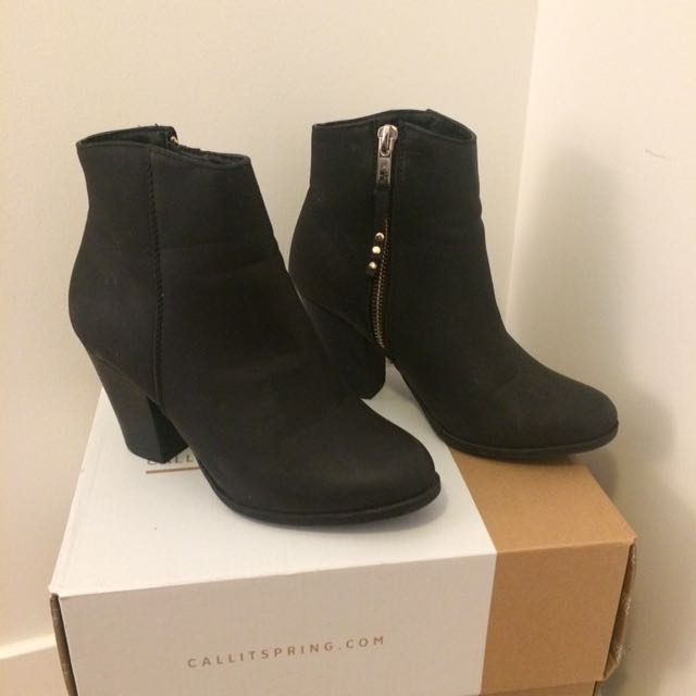 Degree boots