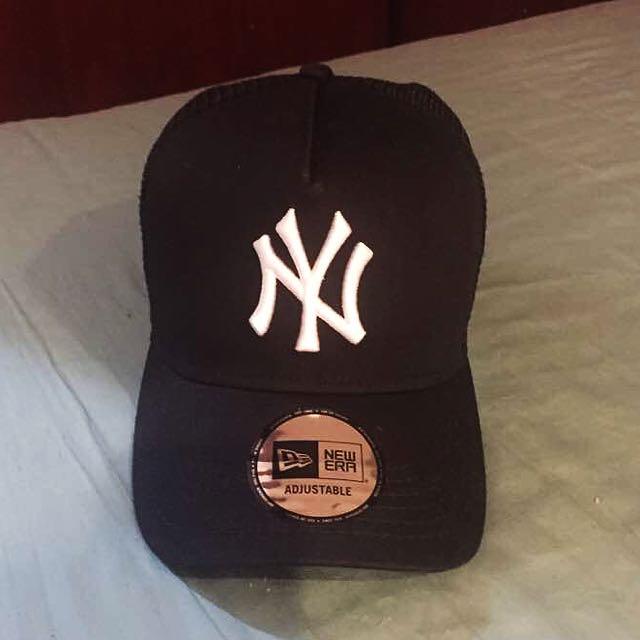 D-Frame NY Yankees New Era Trucker Cap ee6d47ca994