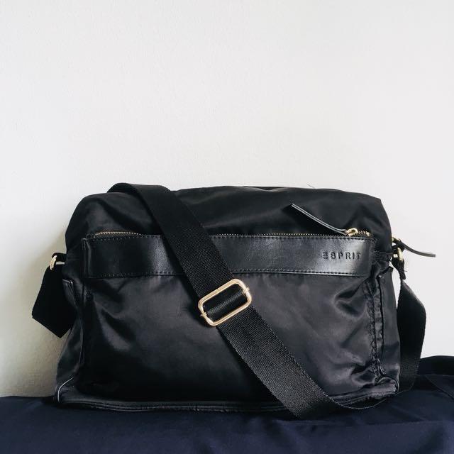 5c650e6d2 Esprit Black sling  Work bag