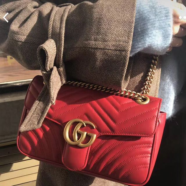 66bce685236 Gucci Marmont Medium Matelasse Shoulder Bag