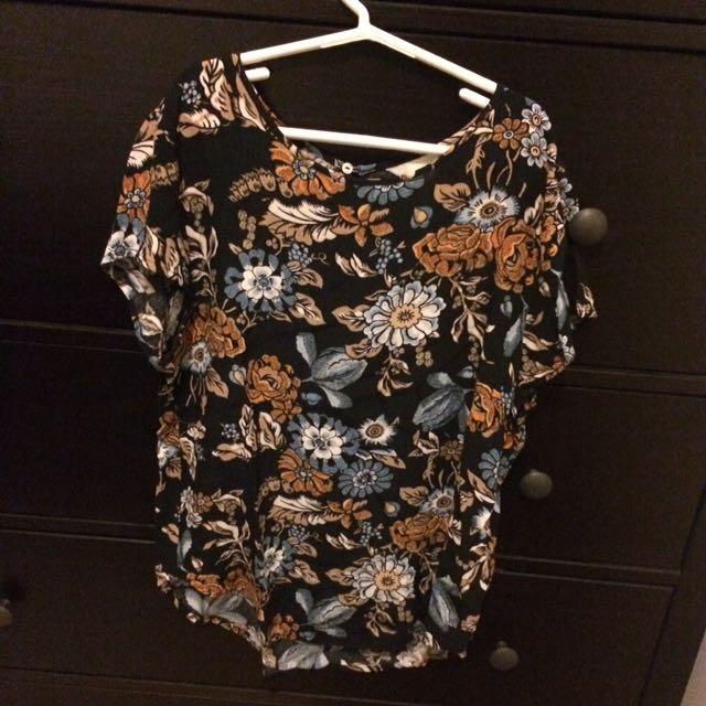 H &M women's shirt