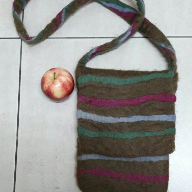 尼泊爾製純羊毛羊毛氈斜背包包hippiesflowerchildsaibaba
