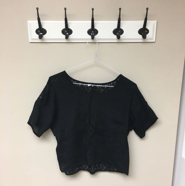 Lose fit formal black top