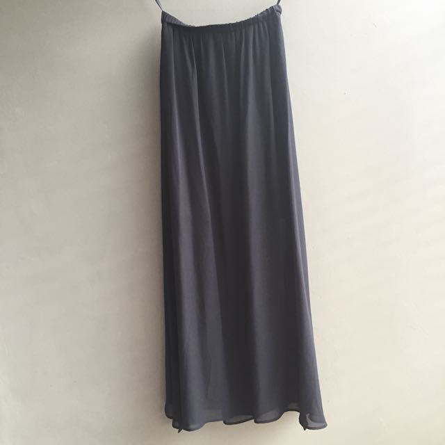 maxi slit skirt by uniqlo