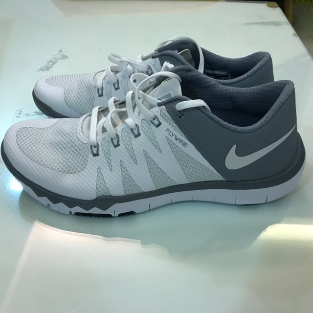 Demostrar inteligente Marina  Nike Training Flywire 5.0, Men's Fashion, Footwear on Carousell